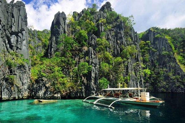 about philippines wonders and beauty These dramatic natural wonders prove that mother nature can wow even the  most seasoned travelers  related: america's most beautiful lakes long  before scientists  puerto princesa subterranean river, philippines.